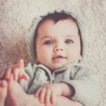 Що вміє та знає дитина в 4 місяці?