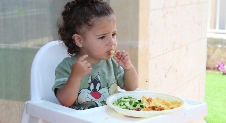 дитина не хоче їсти: поради психолога