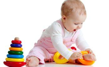 Як забезпечити розвиток дитини в 10 місяців