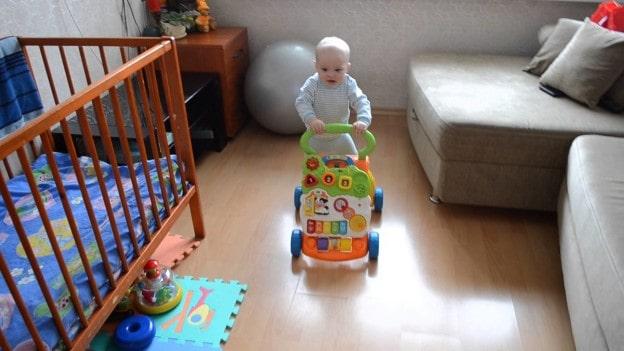 дитина в 10 місяців, розвиваючі іграшки