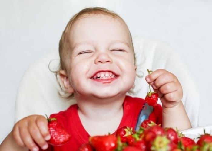 дитина в 1 рік і 3 місяці до півторарічного віку