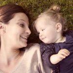 Як розвивається дитина від року до двох? Важливі зміни в житті малюка